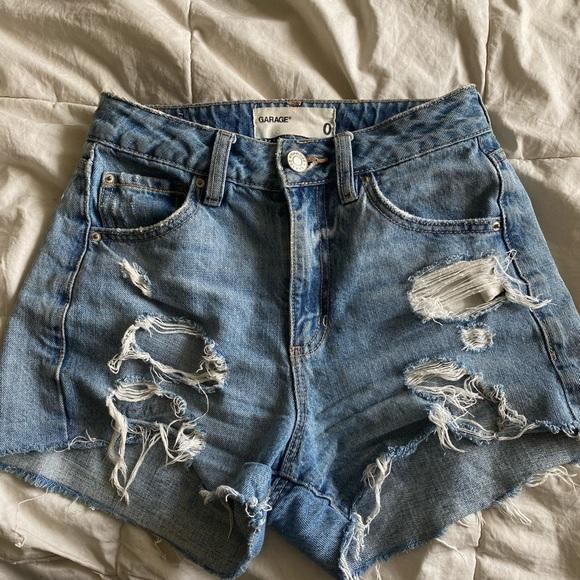 GARAGE High rise jean shorts
